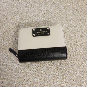 Kate Spade NY Southport Avenue Wallet
